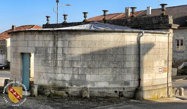 HOUDELAINCOURT (55) - Le lavoir-fontaine (1848-1851)