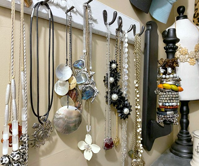 DIY Jewelry and Bracelet organization using a repurposed chair
