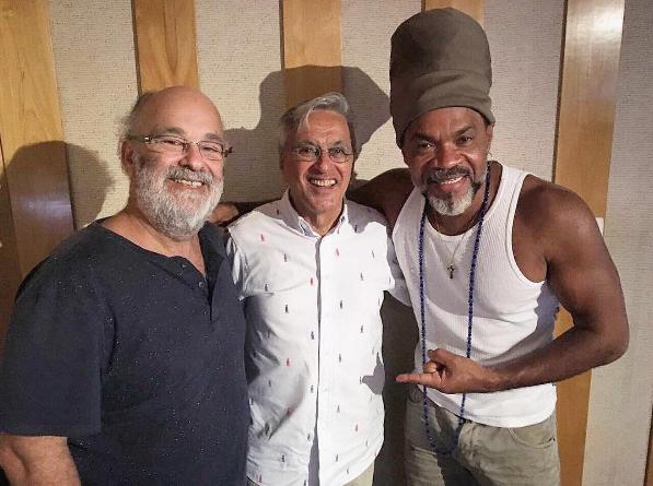 """Caetano Veloso regrava """"O Quereres"""" para a abertura de """"A Força do Querer"""""""