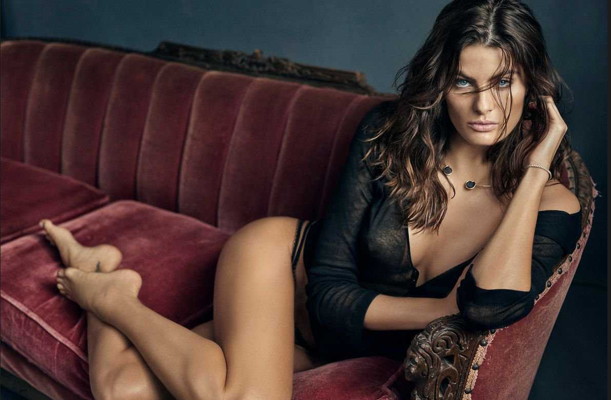 Isabeli Fontana in GQ Mexico Magazine Photoshoot December 2017