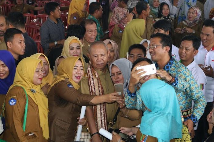 Dwi Tunggal Ridho-Bachtiar  di Idolakan Siswa SMK/SMA di Lampung Utara