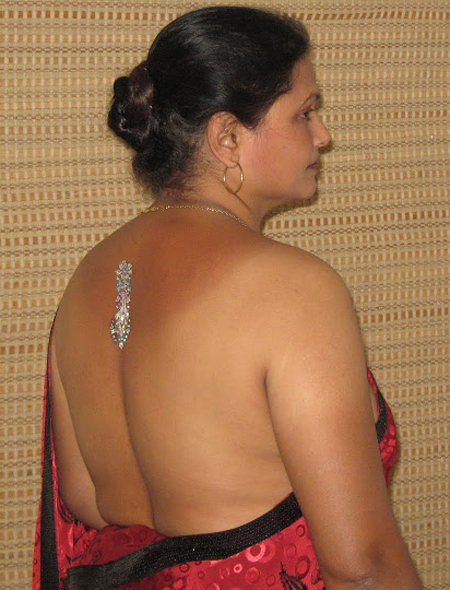 Busty indian desi aunty