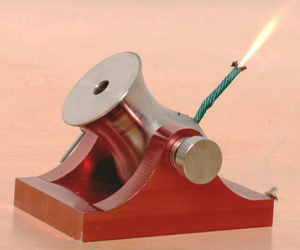 Have some real cannon warfare with your office mates with these fully functional tiny cannons. Firing deadly tiny .177″ cannon balls, these mini cannons pack a surprisingly powerful punch – capable of obliterating beer bottles, wine glasses, and other small objects.