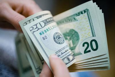 Payday Loans: Benefits and Risks