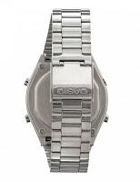 Casio B640WD-1AVEF - retro e cinturino