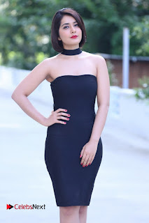 Actress Raashi Khanna Latest Pictures in Black Short Dress  0003