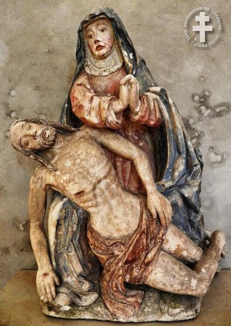 MIRECOURT (88) - Pietà (XVIe siècle) de la Chapelle de la Oultre
