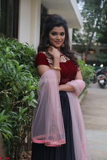 Actress Aathmika in lovely Maraoon Choli ¬  Exclusive Celebrities galleries 045.jpg