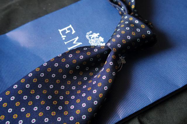 マリネッラの小紋柄ネクタイ