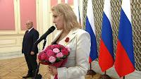 Maria Schukschina im Kreml