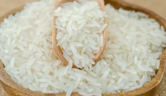 Homemade rice whitening cream