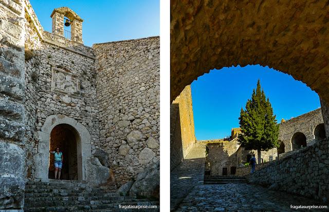 Igreja de Agios Andreas na Fortaleza de Palamidi em Nafplio, Grécia