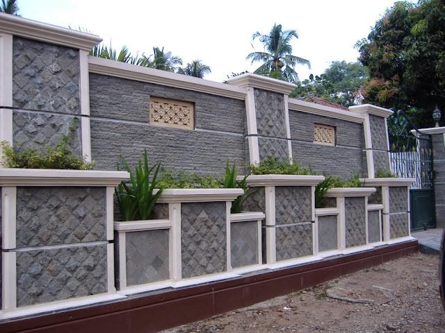 Model Pagar Batu Alam Rumah Minimalis