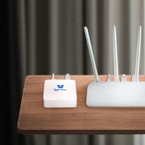 TigerMom 300Mbps Wi-Fi Router
