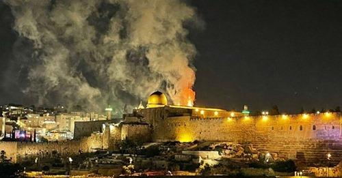 """""""Uma luta está ocorrendo agora no coração de Jerusalém"""", alerta Benjamin Netanyahu"""