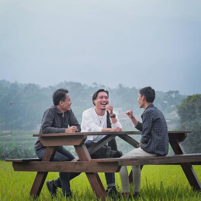 Tempat Ngopi Nuansa Alam di Bogor