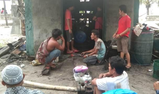 Pemdes Menara Indah Genjot Perbaikan PLTD Dan Pembersihan Jaringan Listrik Desa