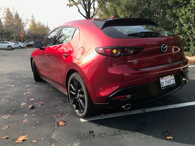 Rear 3/4 view of 2020 Mazda3 Hatchback AWD