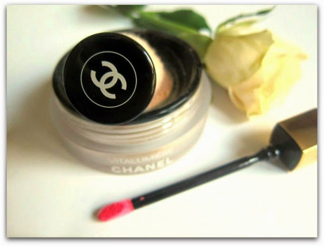 Chanel Vitalumière Loose Powder Foundation; Rouge Allure Gloss