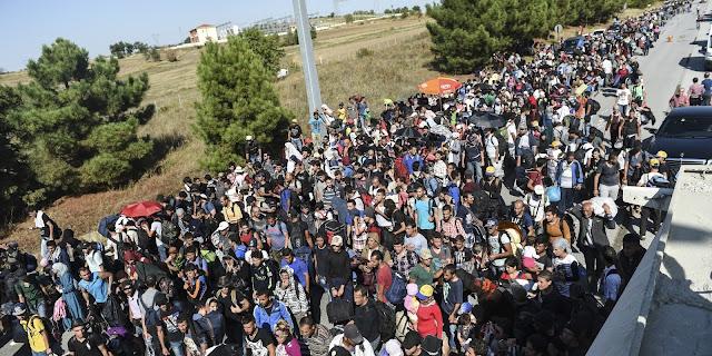 كندا تنوي إحضار 25 ألف لاجئ سوري إلى أراضيها