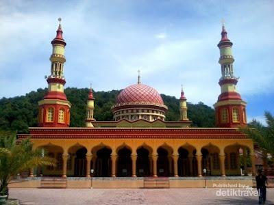 Wisata Aceh Selatan – Menawannya Masjid Istiqamah di Tapaktuan