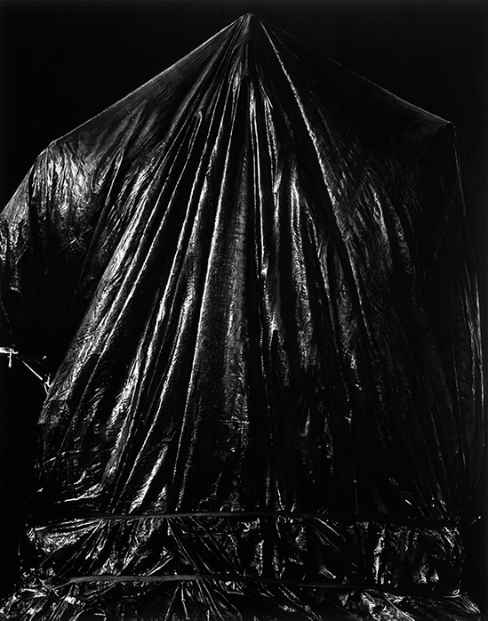 Robert Longo Untitled (Statue of Confederate General Robert E. Lee Covered; Charlottesville, Virginia; August 12, 2017), 2018. Charcoal on mounted paper, 304.8 x 241.9 cm