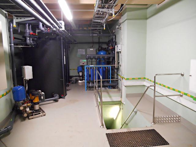 maszyny, urządzenia, schody, elektrownia wodna