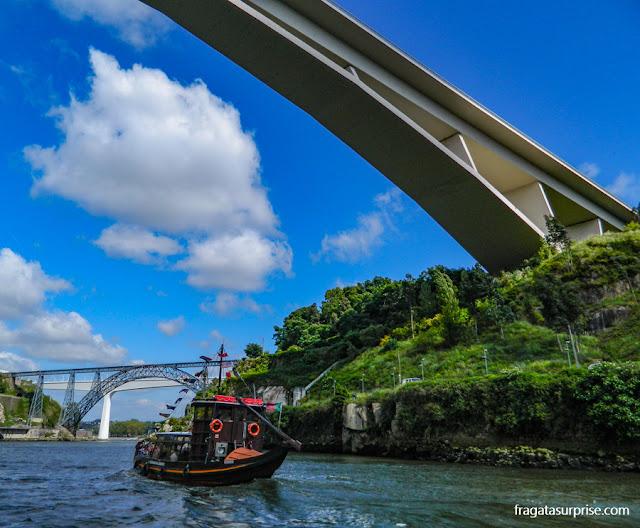Rabelos, embarcações típicas do Rio Douro, Porto, Portugal