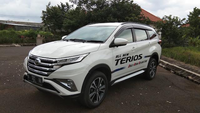 Harga Daihatsu Terios 2018