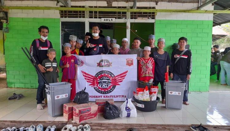 Komunitas Honda Grand Adakan Anniversary Bersama Anak Panti Asuhan