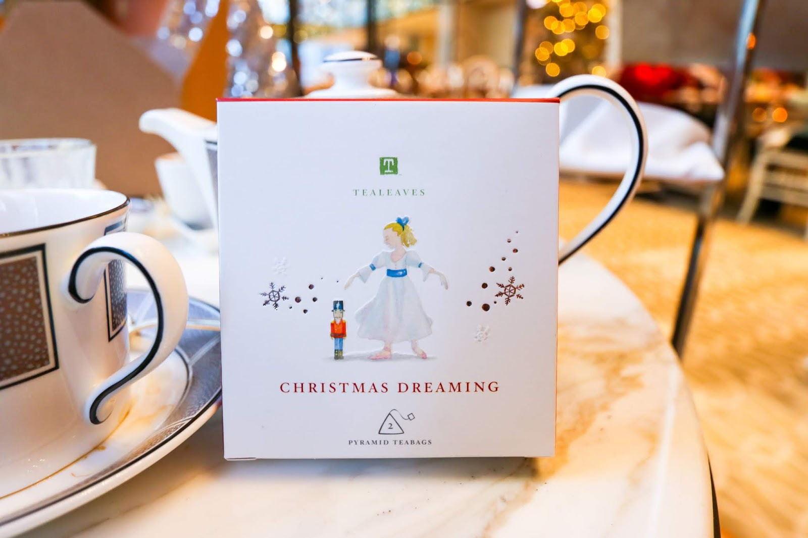 Chicago Eats: Holiday Tea at The Langham