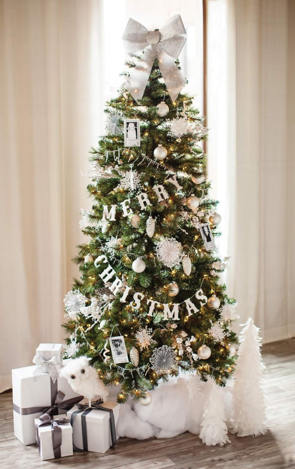 Most amazing Christmas decorated trees for some holiday sparkle