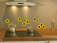 DIY Ideas to Store Children's Feeders and Glasses!