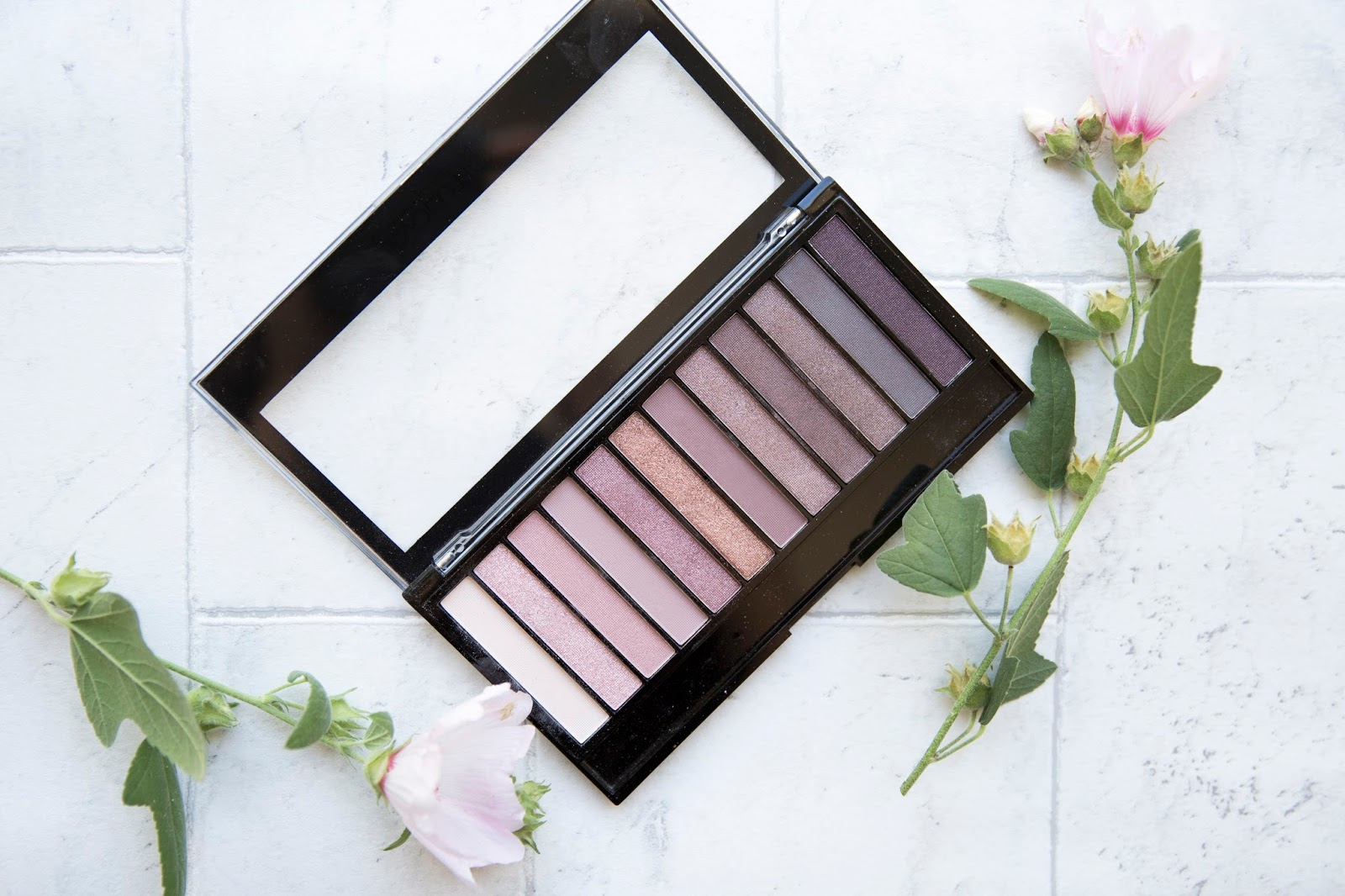 make-up-revolution-palette-review