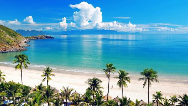 3 Playas que podrías visitar si no fueras tan pobre