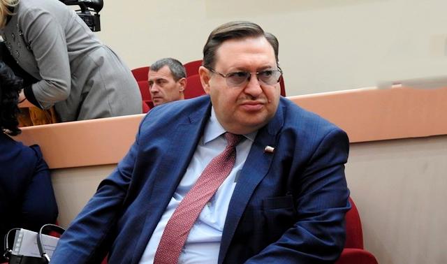 зампред правительства Саратовской области, министр труда и социальной защиты Сергей Наумов