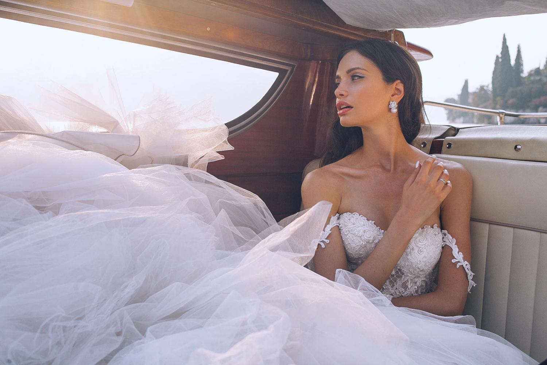 Ball Gown Wedding 2020 Dress Trend by Liz Breygel on January Girl blog