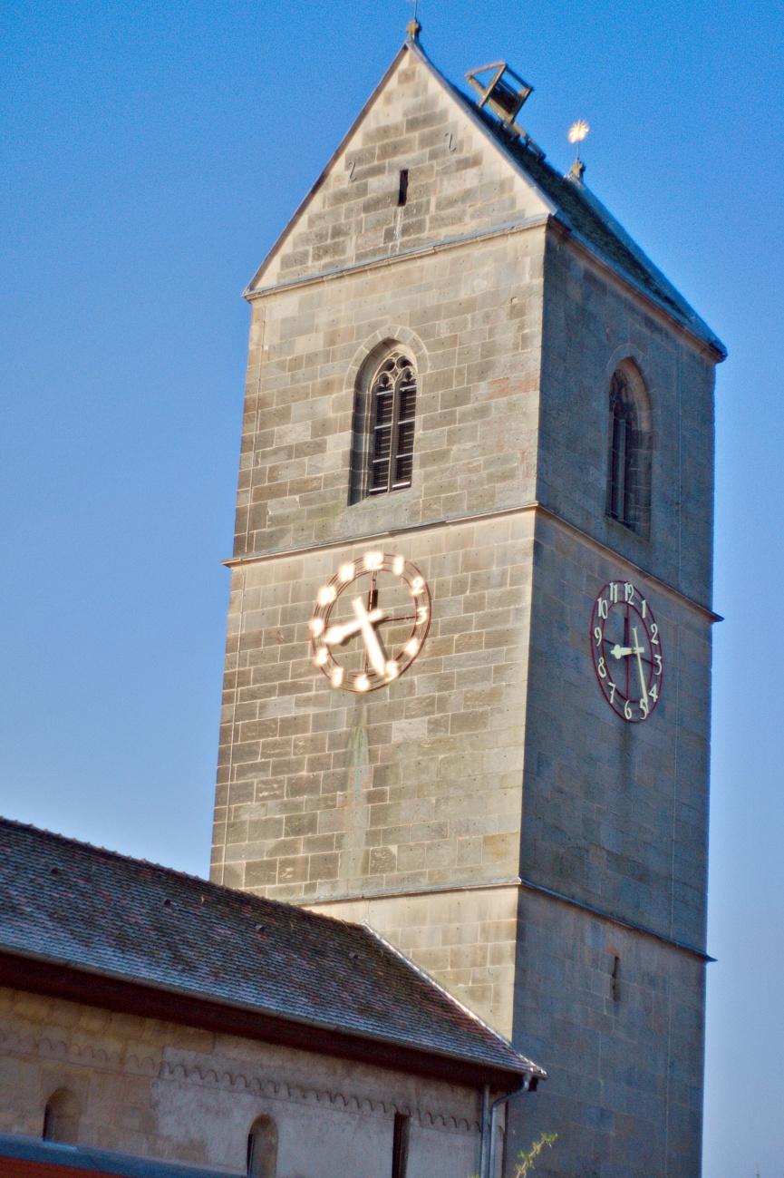 48€ Kombo — Bilder der Woche #68 (KW15/2021) – Der schiefe Kirchturm