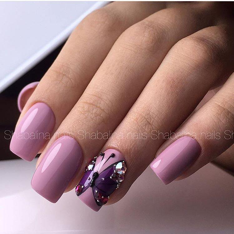 Pale Purple Butterfly Nail art