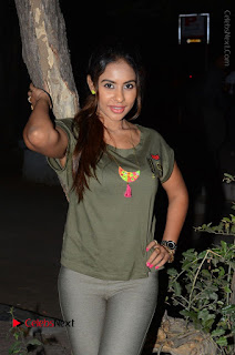 Actress Sri reddy (apthatrust director) Distrubuted Blankets for Orphans at Sai Baba Temple  0008.JPG