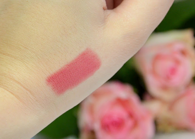 Oriflame Giordani Gold Master Creation Lipstick Delicate Pink