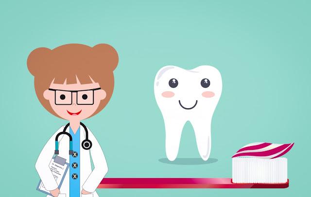 4 Bahan Alami Pemutih Gigi untuk Senyum Percaya Diri