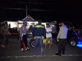 Anggota Polsek Tanasitolo Giat KRYD dengan Patroli Antisipasi Kerawanan Kejahatan dan Waspada Covid-19