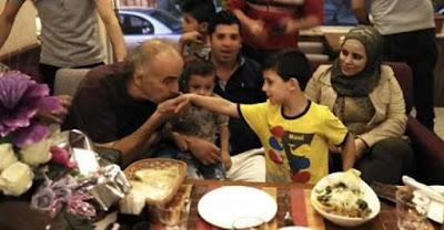 """""""محمد عبود """"يحتفل بعيد ميلاد زوجته وسط أهل الفن والأصدقاء والمحبين في سورية"""