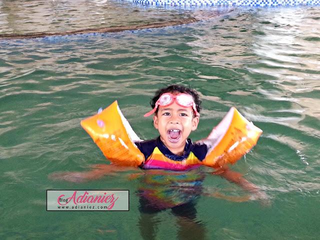 Throwback Holiday Ke Pantai Cahaya Bulan, Kelantan :)