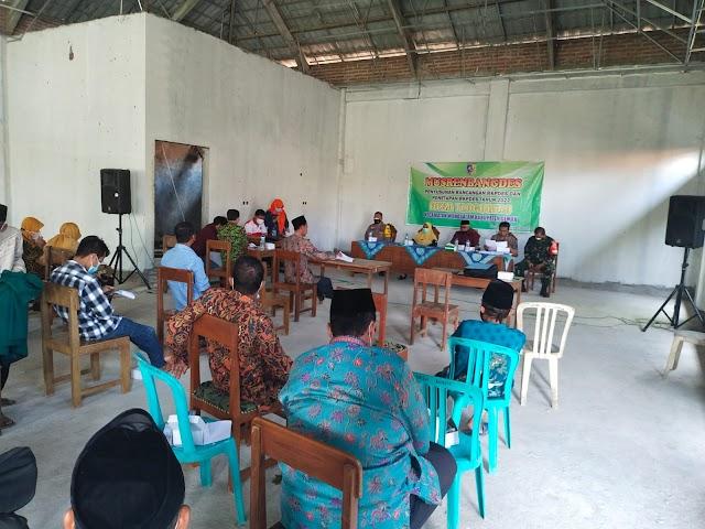 Majukan Perekonomian Babinsa Tlogorejo Hadiri RKP Desa