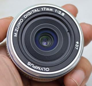Lensa Olympus 17mm f2.8 Bekas