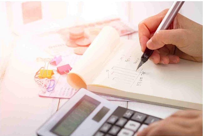 pengelola keuangan dengan blu