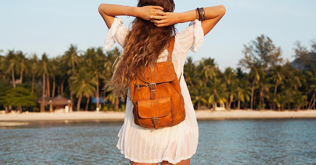 Beauty Skincare Essentials To Carry In Beach Bag