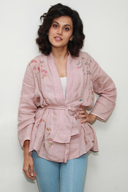 Taapsee Pannu Smiling Pics In Pink Dress Navel Queens